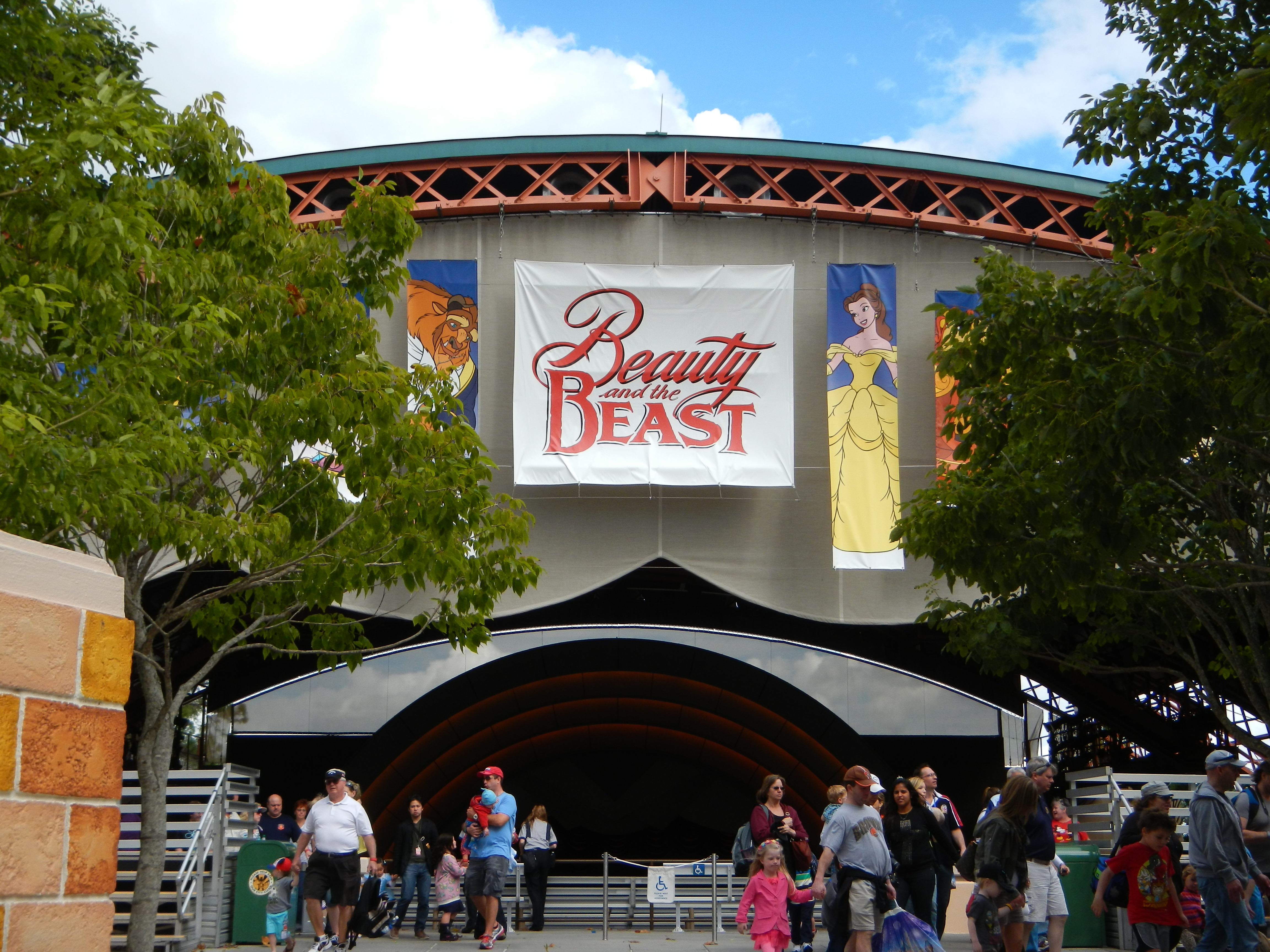 Beauty and the Beast - Live On Stage 00