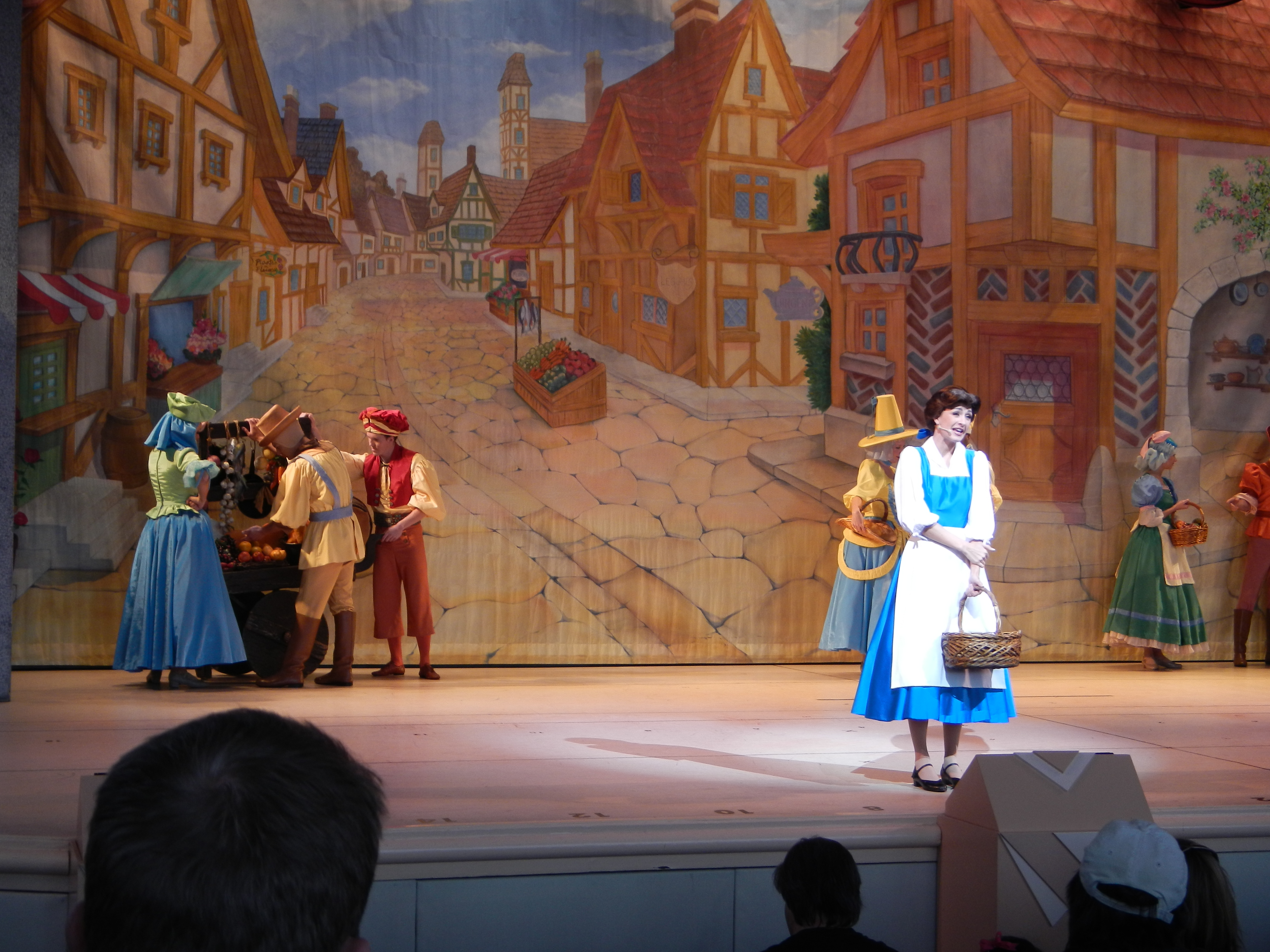 Beauty and the Beast - Live On Stage 01