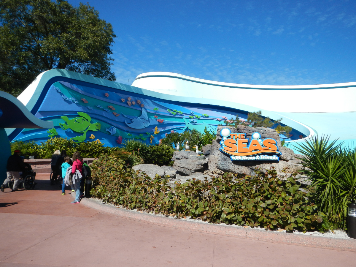 Epcot - The Seas with Nemo and Friends 1