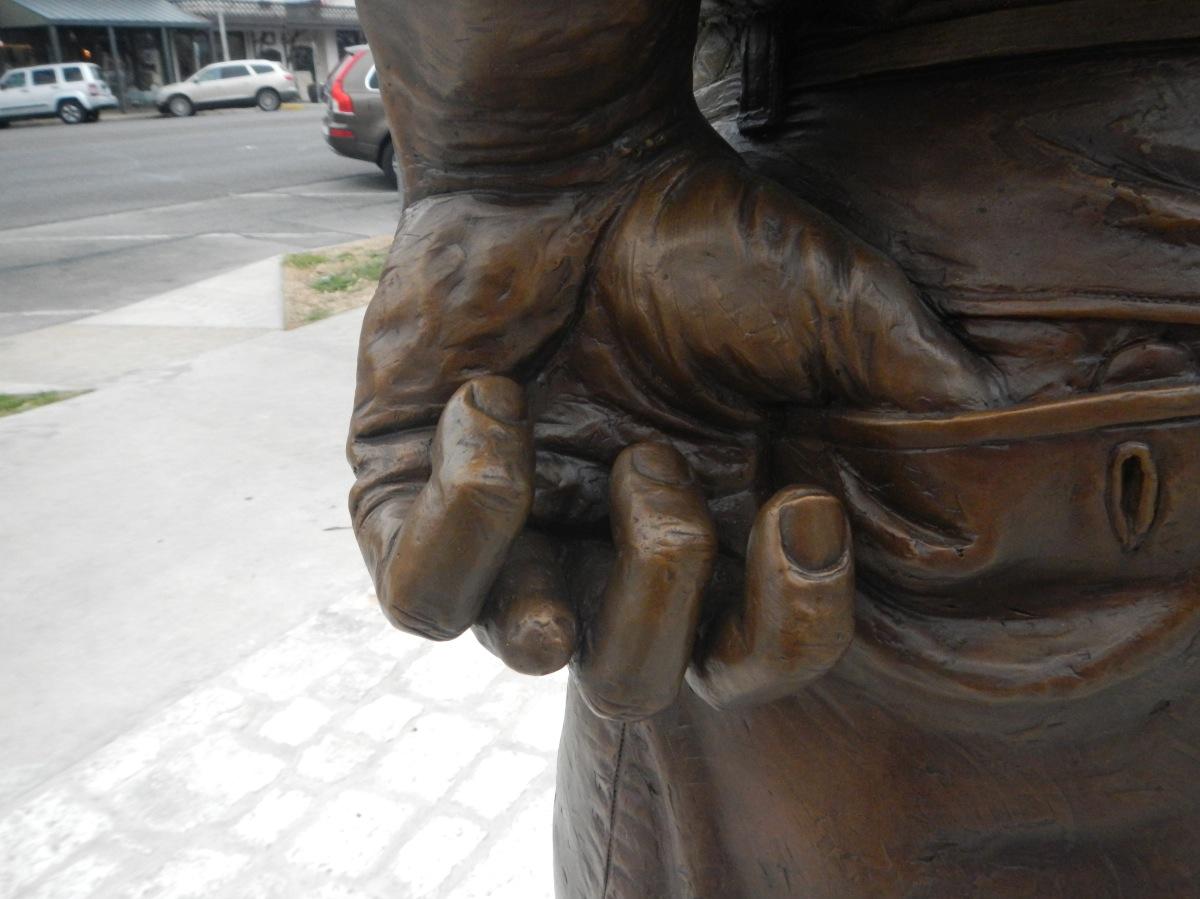 Nimitz - Missing a Finger 5